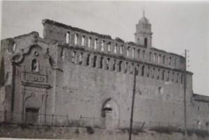 ¿Quién fue el carnuzo que mandó demoler la puerta barroca de la iglesia de Santo Domingo?